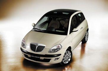 2 uitvoeringen Lancia Ypsilon wegenbelastingvrij